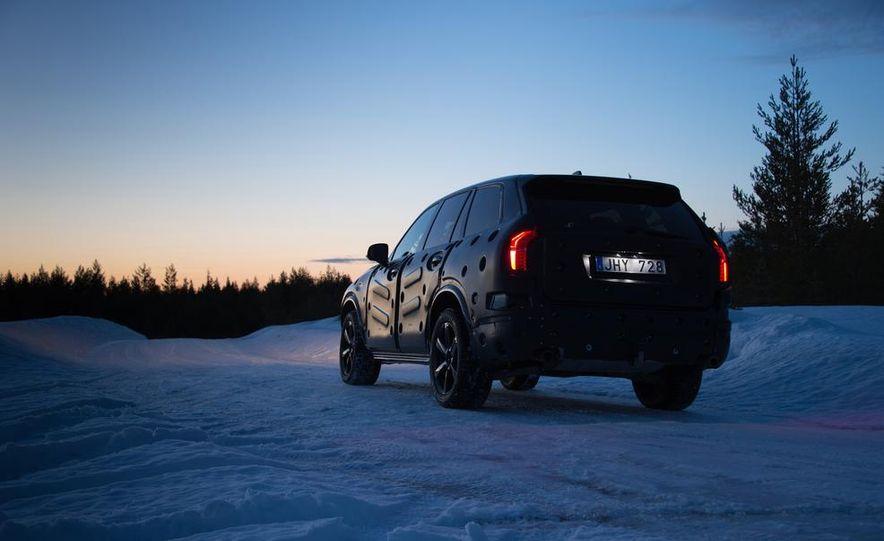 2016 Volvo XC90 - Slide 15