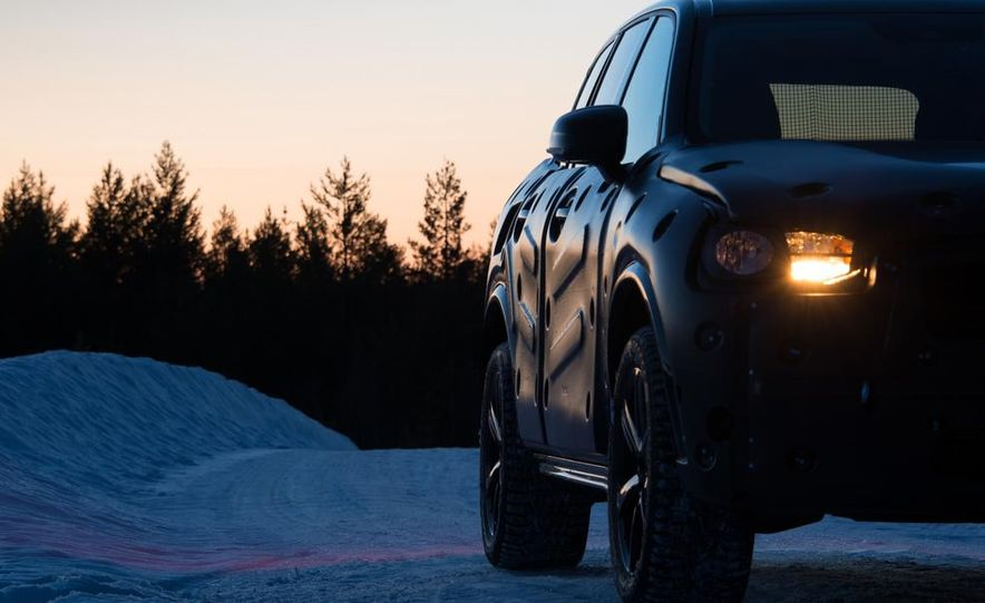 2016 Volvo XC90 - Slide 16