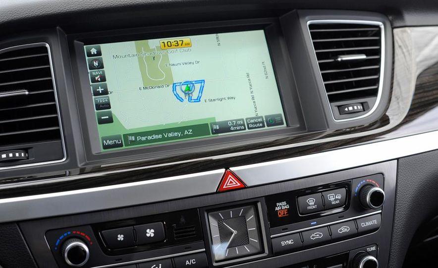 2015 Hyundai Genesis 5.0 - Slide 83