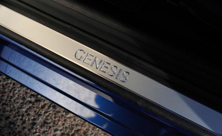 2015 Hyundai Genesis 5.0 - Slide 29