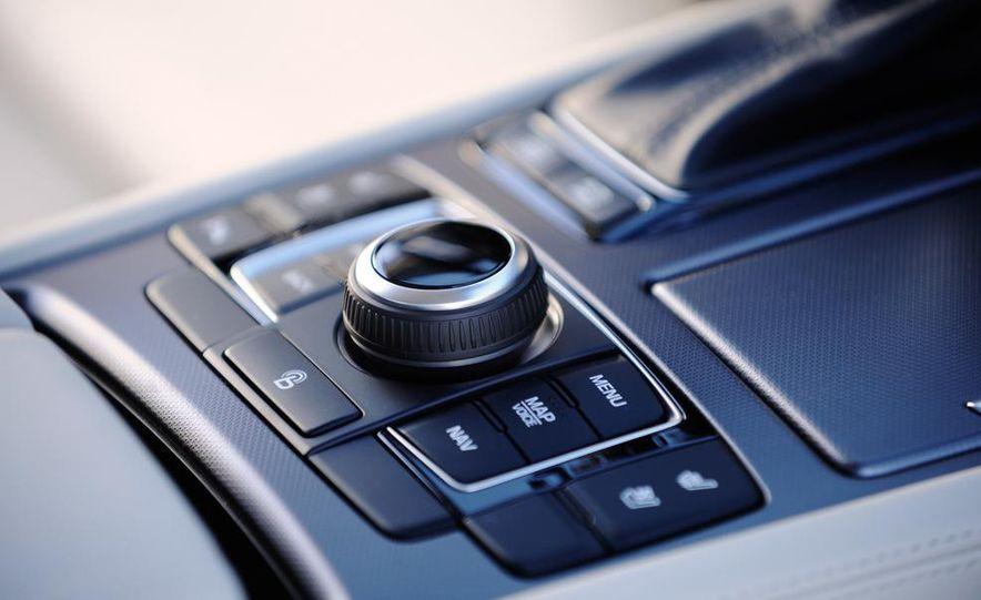 2015 Hyundai Genesis 5.0 - Slide 38
