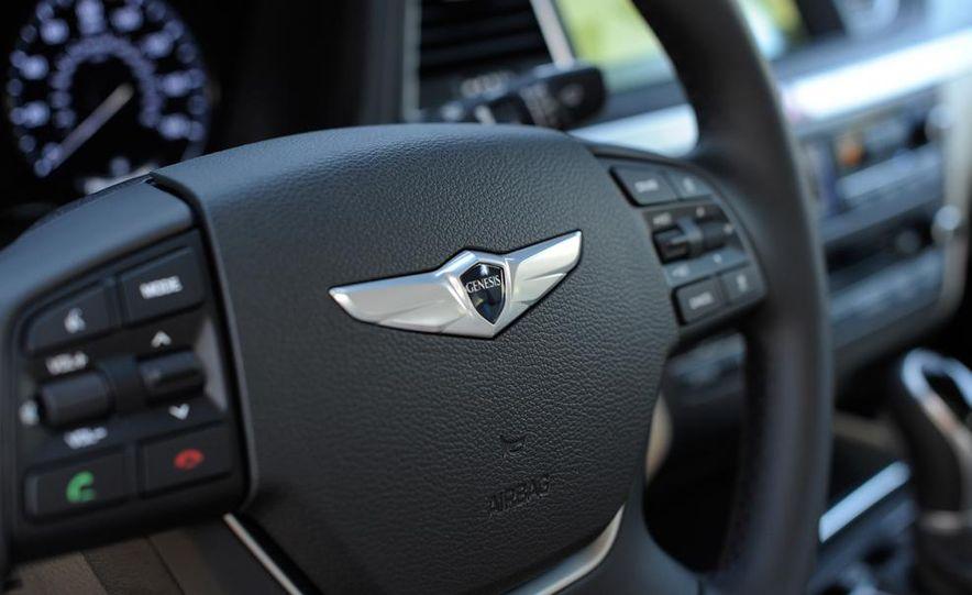 2015 Hyundai Genesis 5.0 - Slide 34