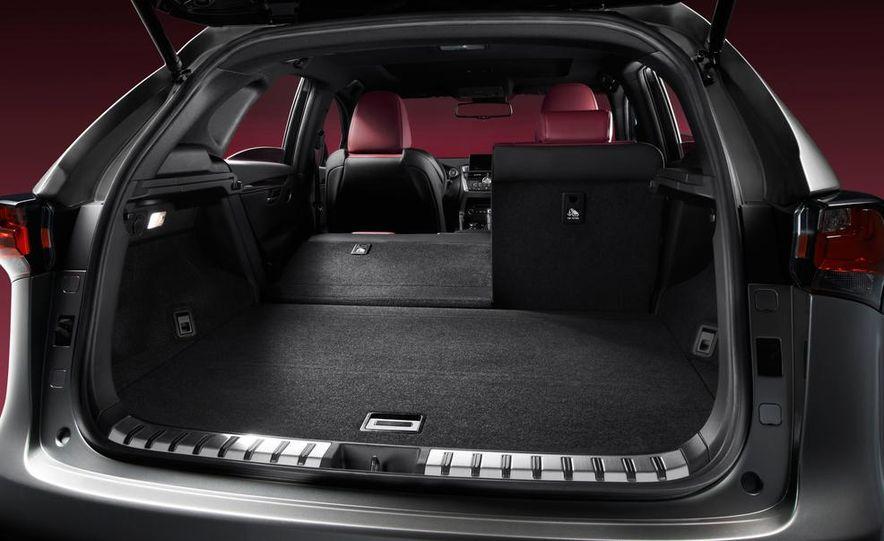 2015 Lexus NX200t F Sport - Slide 15