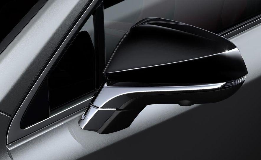 2015 Lexus NX200t F Sport - Slide 13