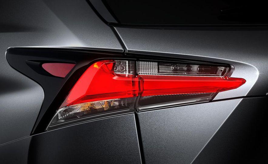2015 Lexus NX200t F Sport - Slide 12