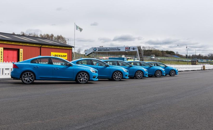 2015 Volvo V60 Polestar and S60 Polestar - Slide 16