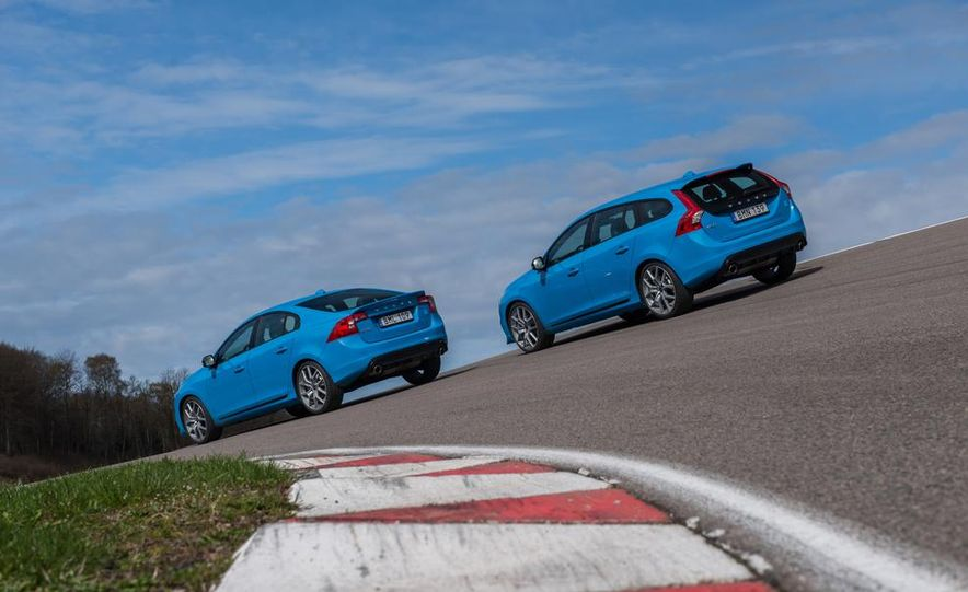 2015 Volvo V60 Polestar and S60 Polestar - Slide 5