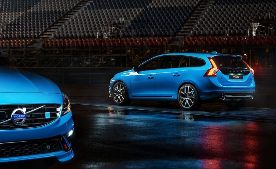 2015 Volvo V60 Polestar and S60 Polestar - Slide 13