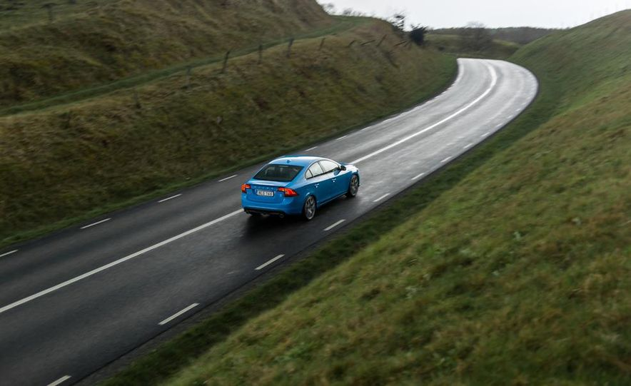 2015 Volvo V60 Polestar and S60 Polestar - Slide 27