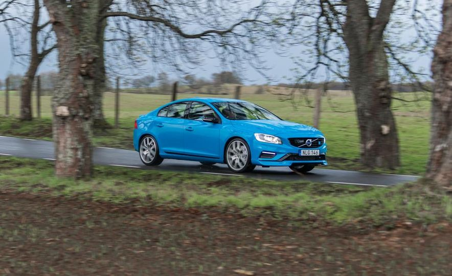 2015 Volvo V60 Polestar and S60 Polestar - Slide 28