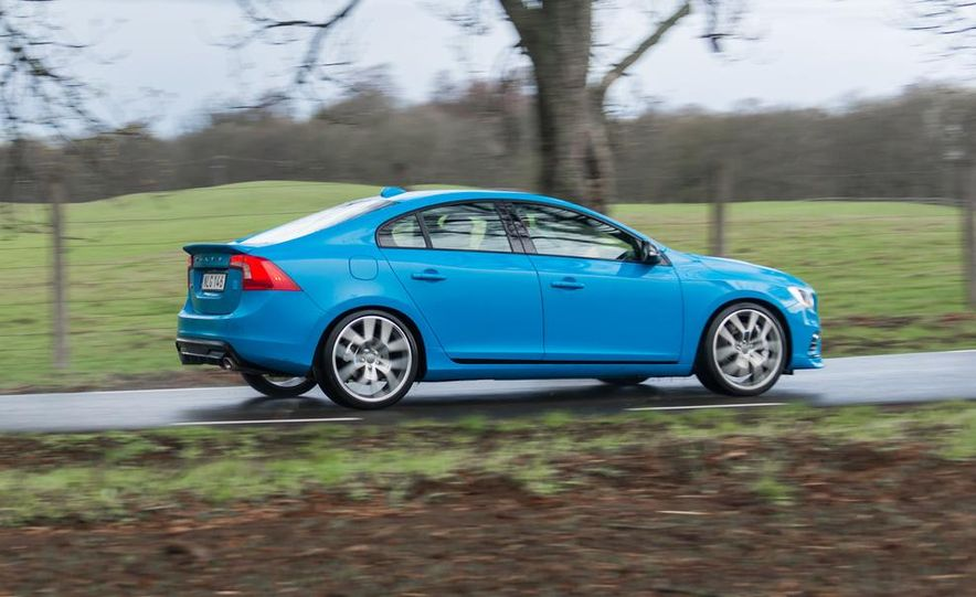 2015 Volvo V60 Polestar and S60 Polestar - Slide 29