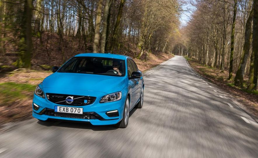 2015 Volvo V60 Polestar and S60 Polestar - Slide 31