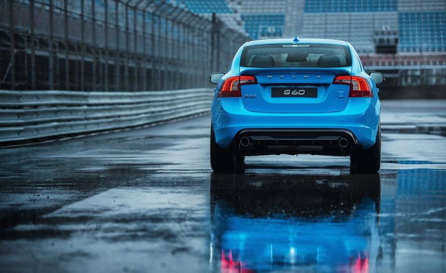 2015 Volvo V60 Polestar and S60 Polestar - Slide 43