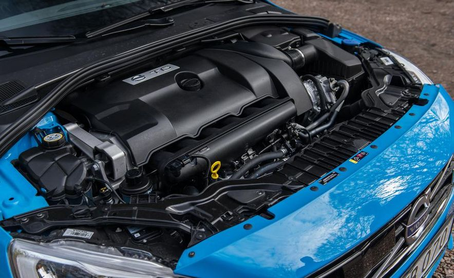 2015 Volvo V60 Polestar and S60 Polestar - Slide 39