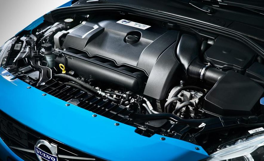 2015 Volvo V60 Polestar and S60 Polestar - Slide 52