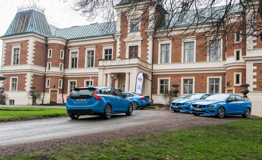 2015 Volvo V60 Polestar and S60 Polestar - Slide 15