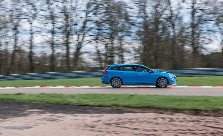 2015 Volvo V60 Polestar and S60 Polestar - Slide 58