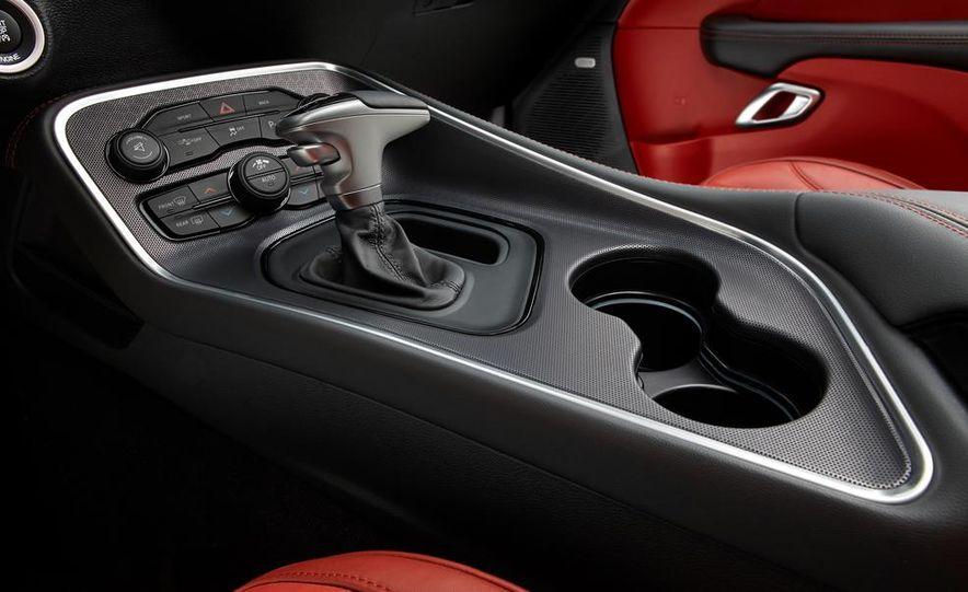 2015 Dodge Challenger R/T 392 Skat Pack Shaker - Slide 57