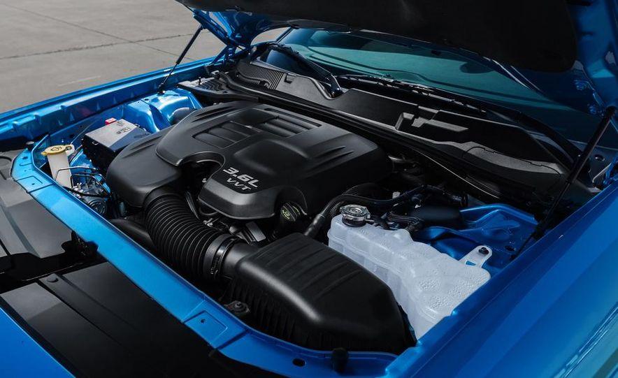 2015 Dodge Challenger R/T 392 Skat Pack Shaker - Slide 53