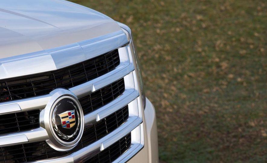2015 Cadillac Escalade - Slide 48