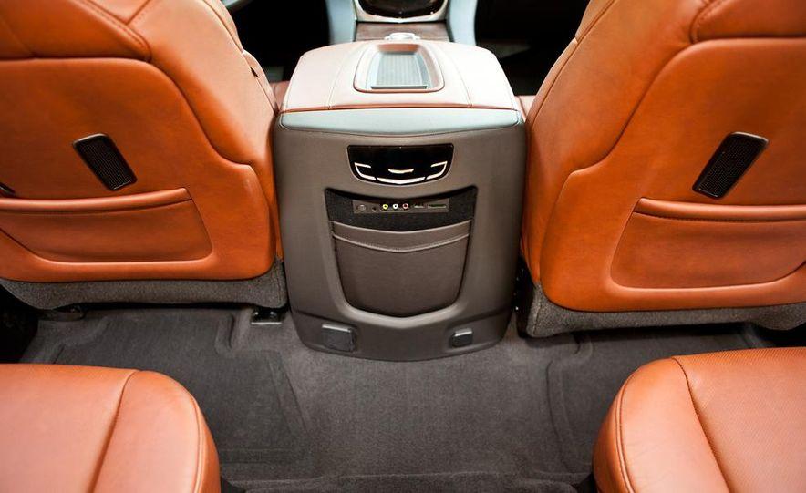 2015 Cadillac Escalade - Slide 15