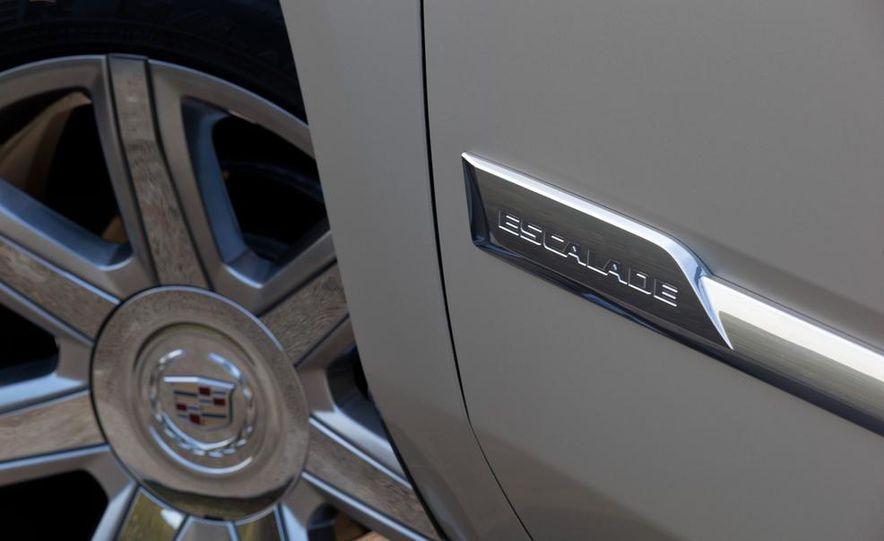 2015 Cadillac Escalade - Slide 50