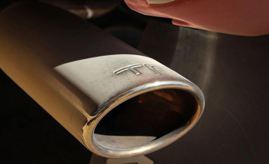 2015 Toyota Tacoma TRD Pro Series - Slide 7
