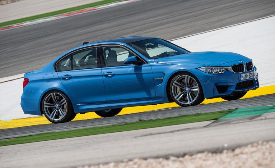 2015 BMW M3 sedan - Slide 11