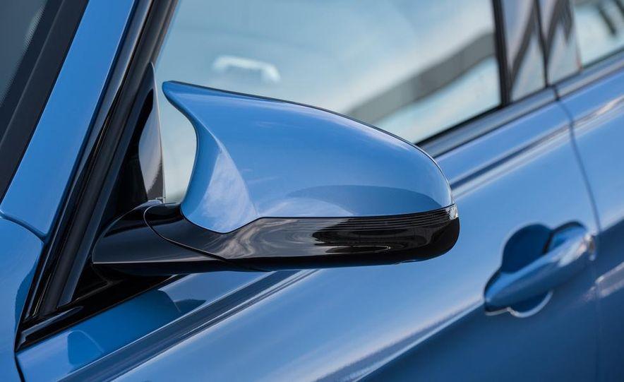 2015 BMW M3 sedan - Slide 38