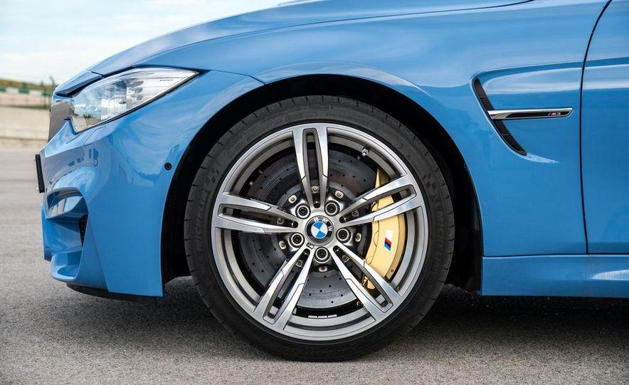 2015 BMW M3 sedan - Slide 39