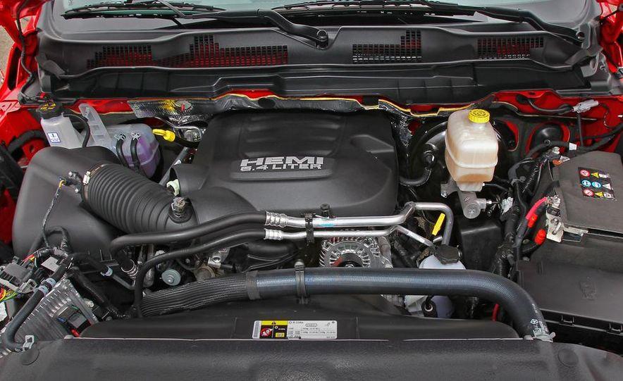 2014 Ram 2500 Power Wagon - Slide 28