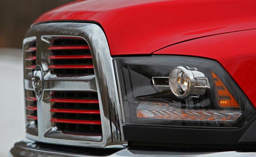 2014 Ram 2500 Power Wagon - Slide 22