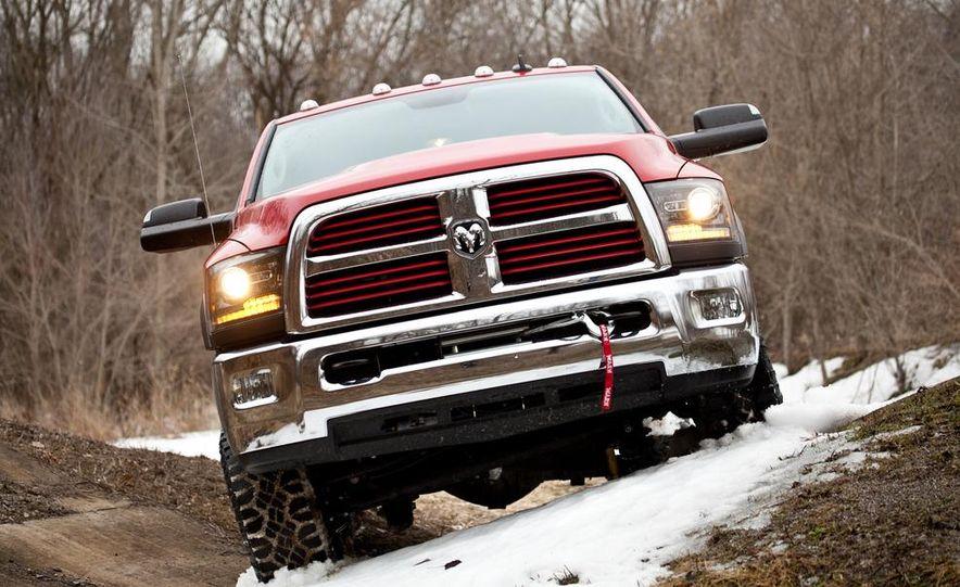 2014 Ram 2500 Power Wagon - Slide 7