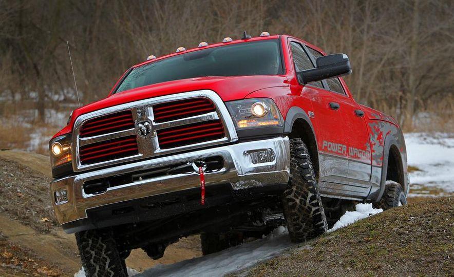 2014 Ram 2500 Power Wagon - Slide 9