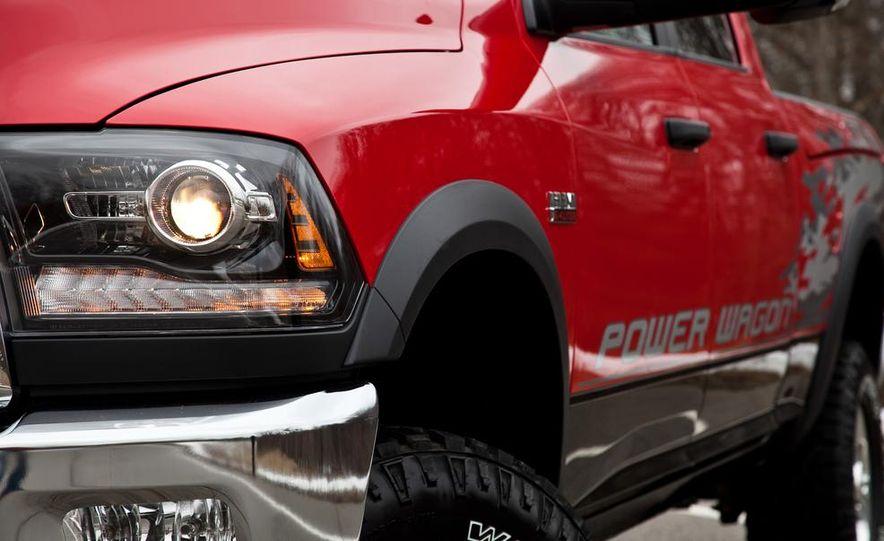 2014 Ram 2500 Power Wagon - Slide 21