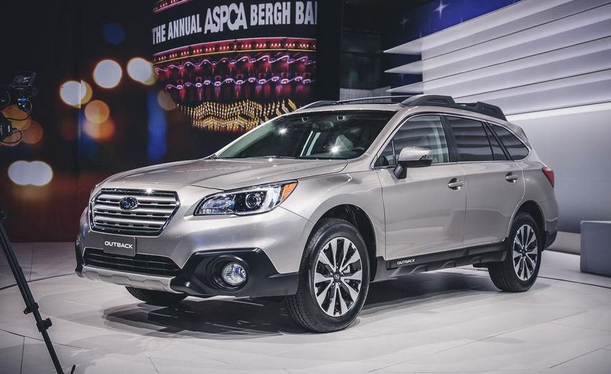 2015 Subaru Outback 3.6R Limited - Slide 1