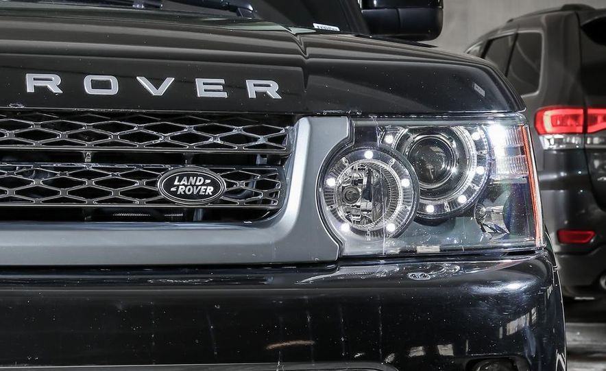 2010 Land Rover Range Rover Sport HSE and 2014 Jeep Grand Cherokee 4x4 Overland - Slide 24