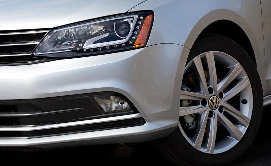 2015 Volkswagen Jetta TDI - Slide 11