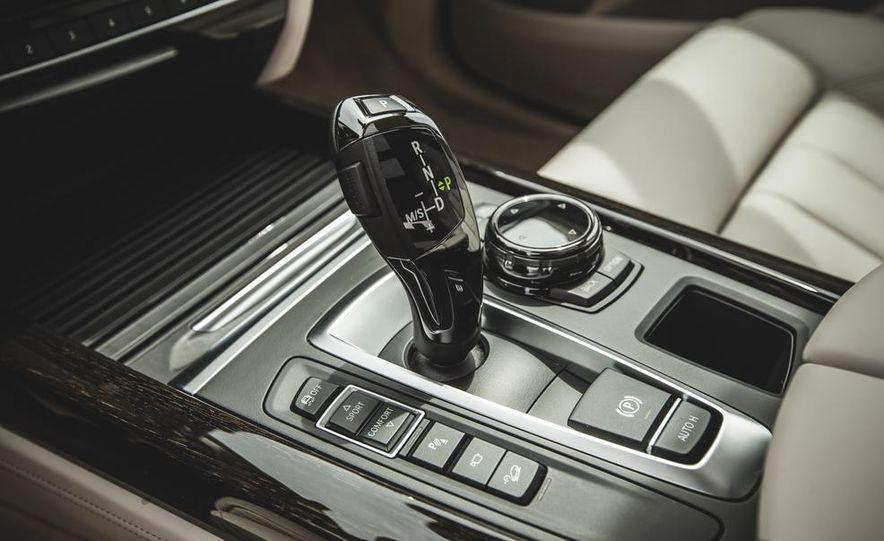 2014 BMW X5 xDrive50i - Slide 44