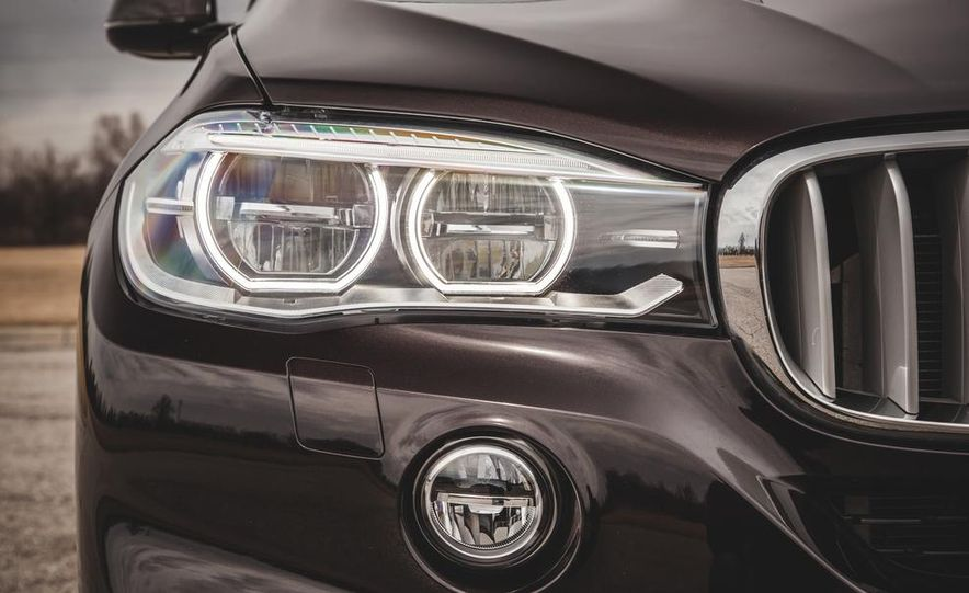 2014 BMW X5 xDrive50i - Slide 18