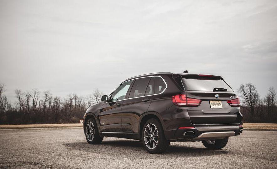 2014 BMW X5 xDrive50i - Slide 15