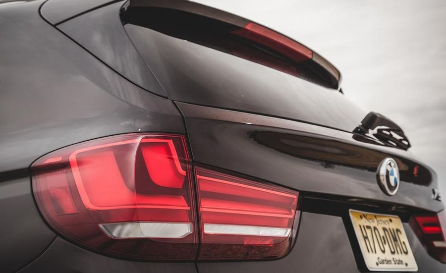 2014 BMW X5 xDrive50i - Slide 25