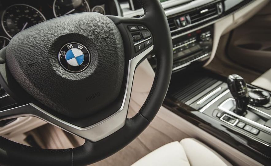 2014 BMW X5 xDrive50i - Slide 35