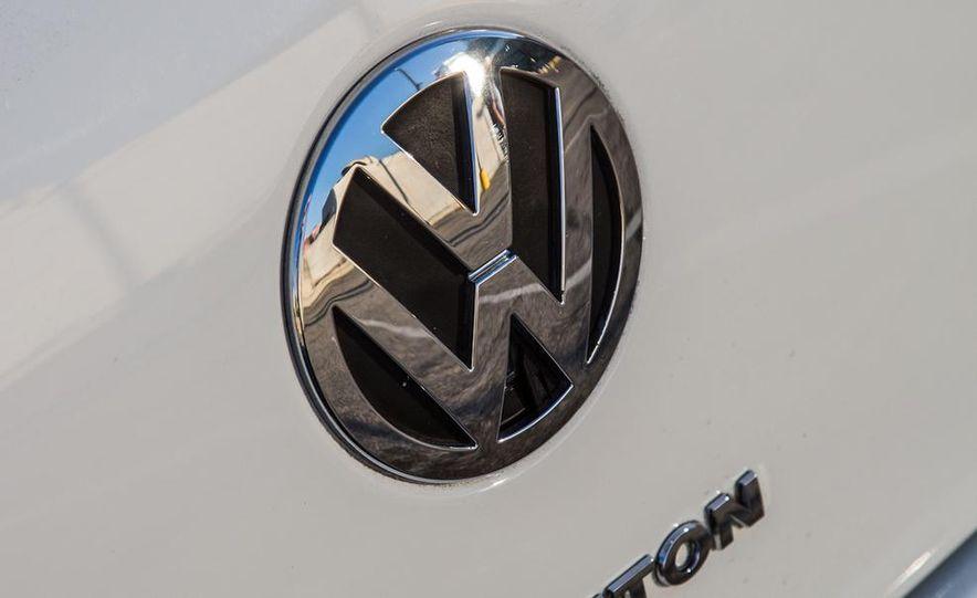 2005 Volkswagen Phaeton and 2014 Mitsubishi Mirage ES - Slide 29