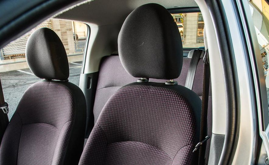 2005 Volkswagen Phaeton and 2014 Mitsubishi Mirage ES - Slide 21
