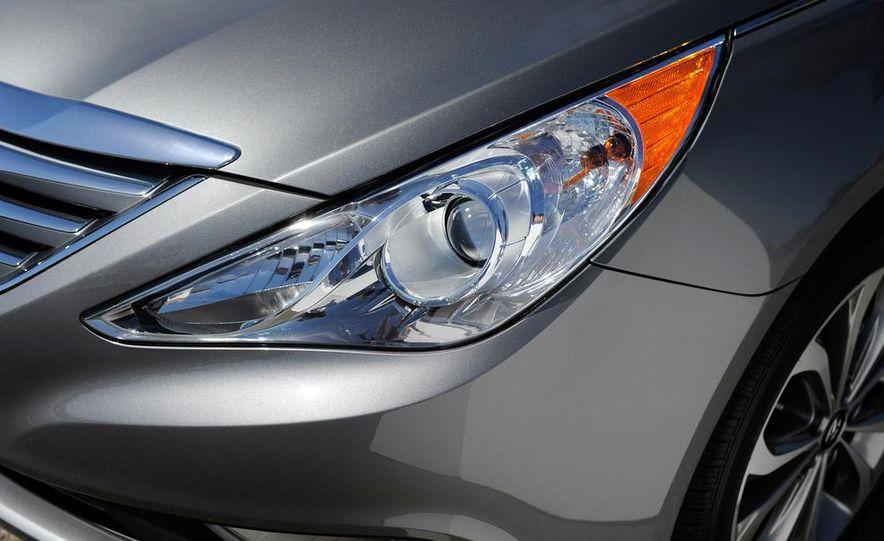 2015 Hyundai Sonata Sport - Slide 25