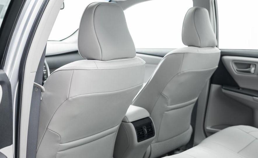 2015 Toyota Camry XSE - Slide 66