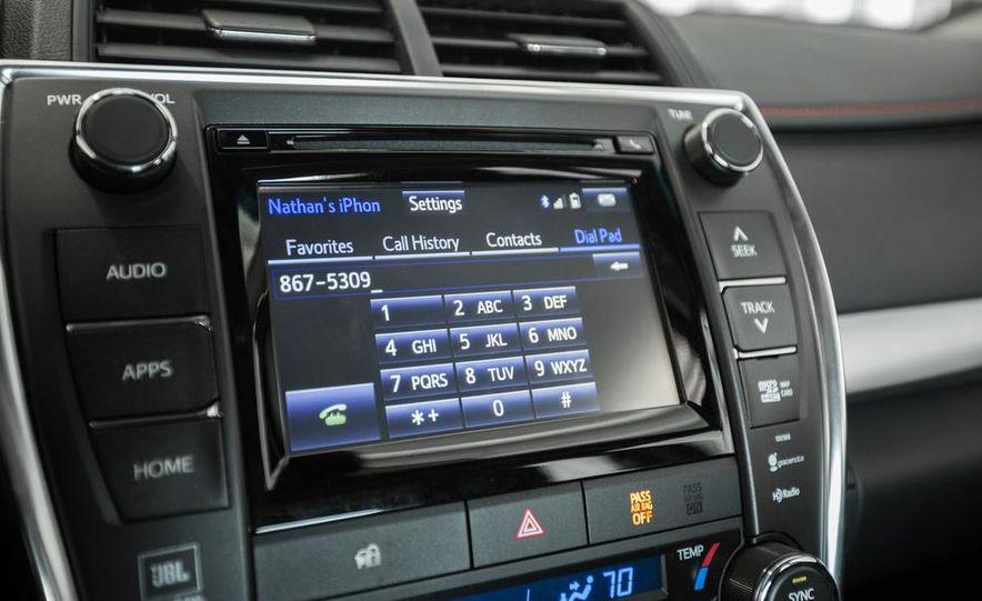 2015 Toyota Camry XSE - Slide 68