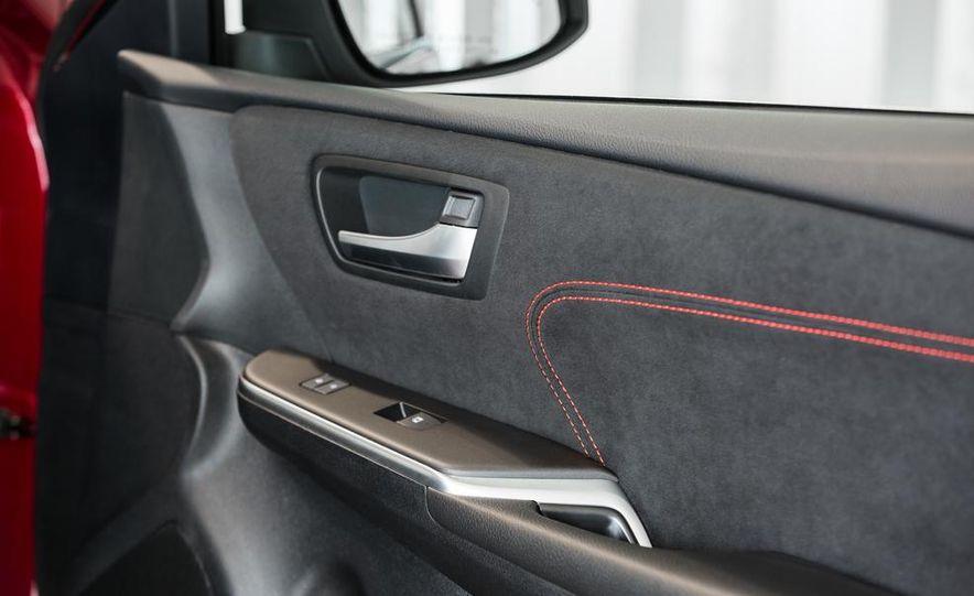 2015 Toyota Camry XSE - Slide 44