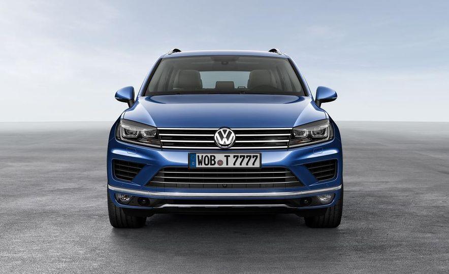 2015 Volkswagen Touareg V-6 TDI BlueMotion - Slide 3